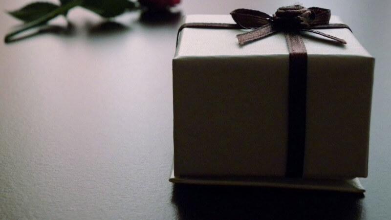 Что подарить коллегам учителям