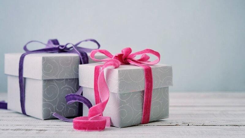 Что подарить крестнице на день рождения
