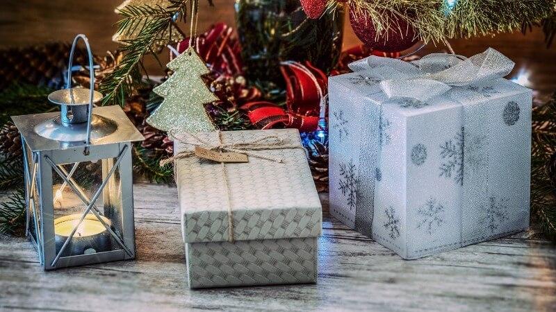 Что подарить племяннику на Новый год