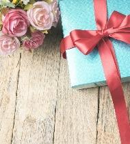 Что подарить однокласснице на день рождения