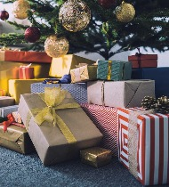Что подарить однокласснице на Новый год