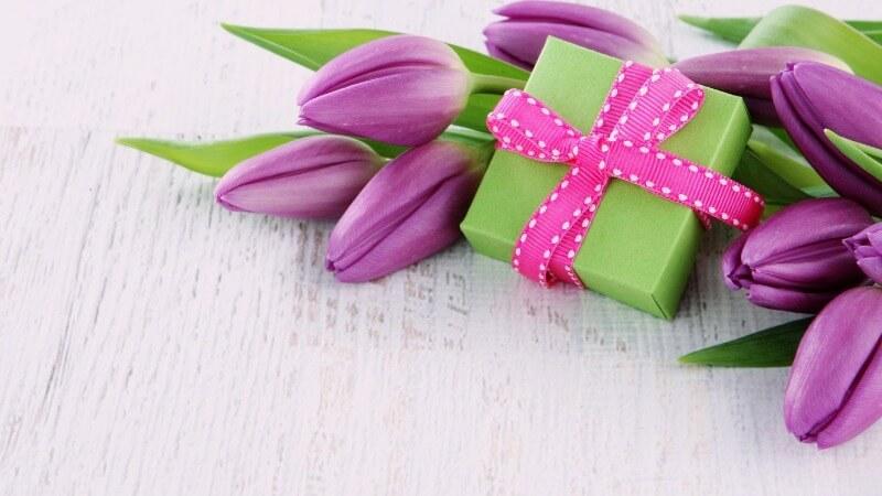 Что подарить тете на День матери