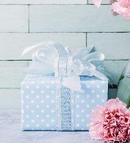 Что подарить племяннице на День матери