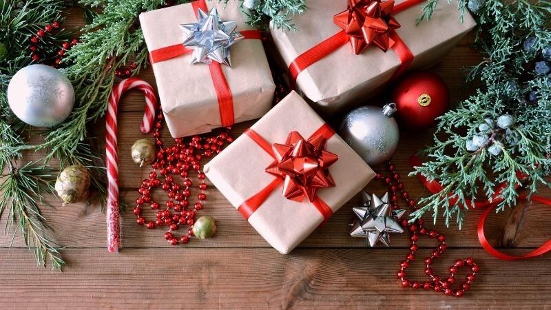 Что подарить бабушке на Рождество