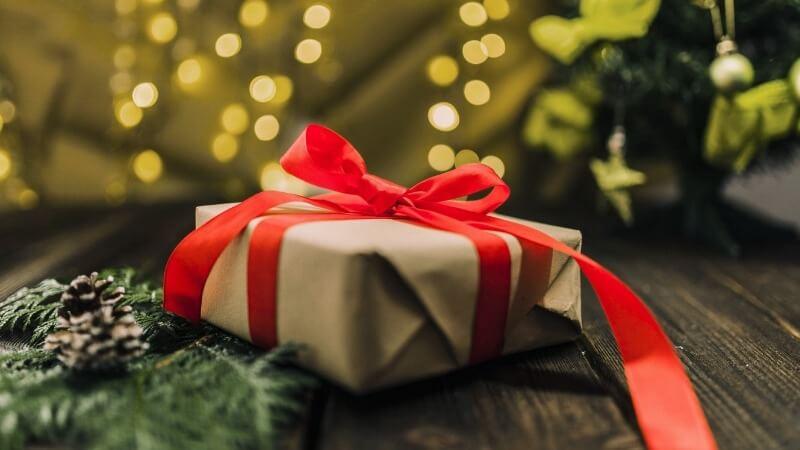 Что подарить другу на Рождество