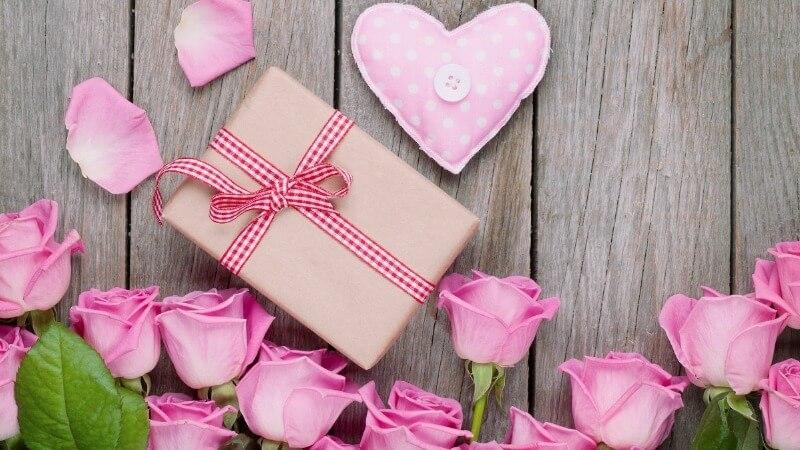 Что подарить жене на День святого Валентина