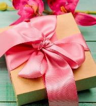 Что подарить девушке на память о себе