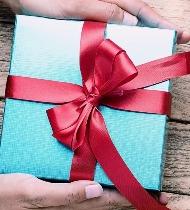 Что подарить другу на память о себе